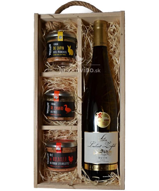 Vianočná drevená kazeta s vínom Devín a paštétami
